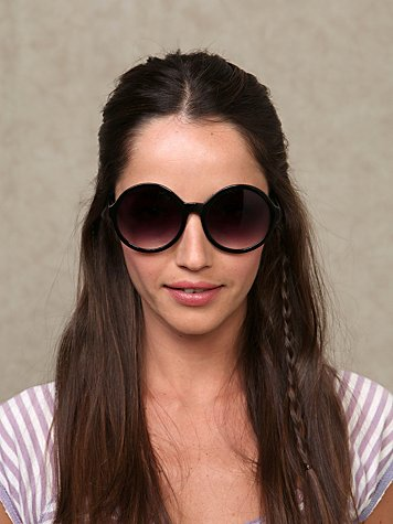 Circles Sunglasses at Free People Clothing Boutique :  beach eyewear circle sunglasses circle frames
