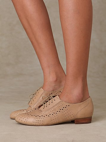 Miller Cutout Oxford at Free People Clothing Boutique :  rounded toe menswear inspired vintage inspired beige