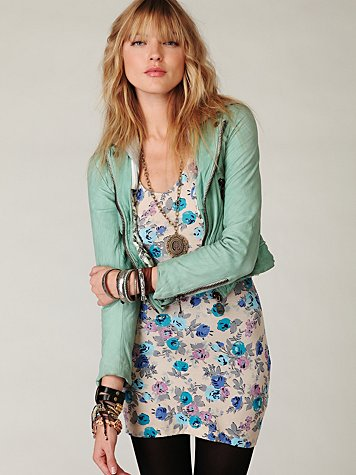 V-Neck Printed Bodycon Tunic