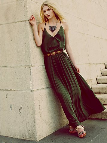 Complete Pleats Maxi Dress