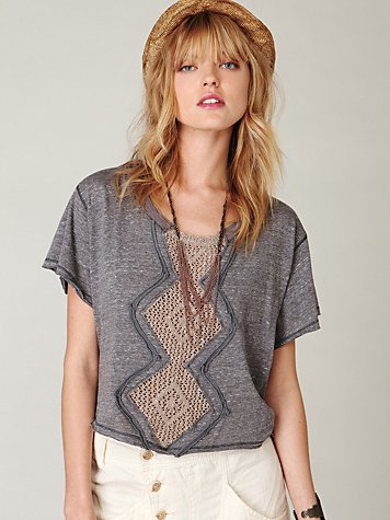 Cropped Diamond Tee