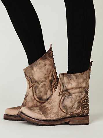 Haven Distressed Boot