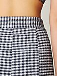 Stretch Gingham Short