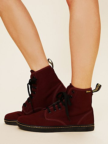 Dr. Martens Shoreditch Hi-Top Sneaker