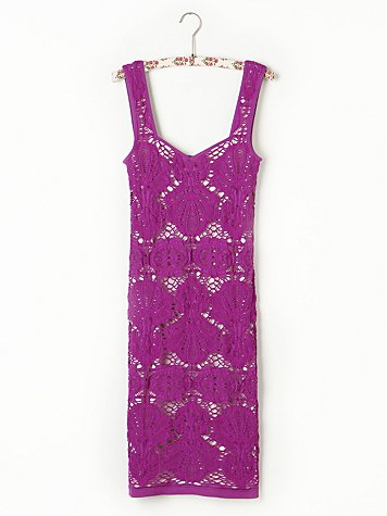 Sleeveless Medallion Slip