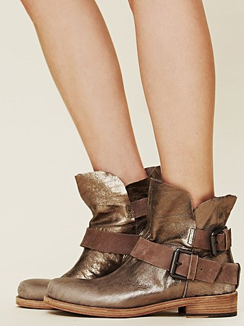Vic Matie Skye Metallic Boot