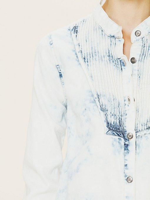 Blue Velvet Chambray Button-down