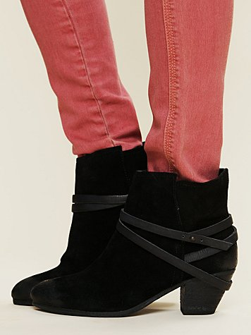 Ash Nikita Ankle Boot