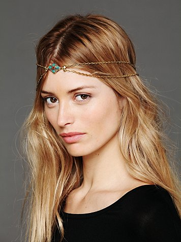 Vanessa Mooney The Ramro Headpiece