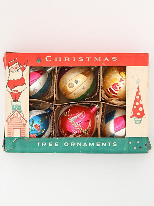 Free People Vintage Set of Assorted Ornaments in Vintage-Objects