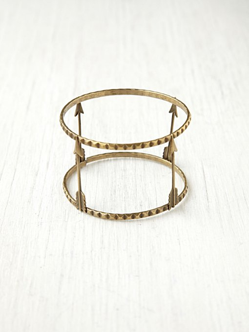 Viento Arrow Cuff in bracelets