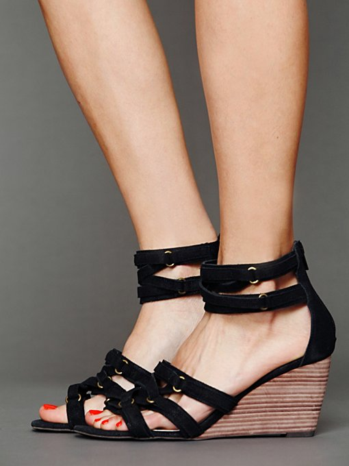 Faryl Robin Lola Mini Wedge in High-Heels